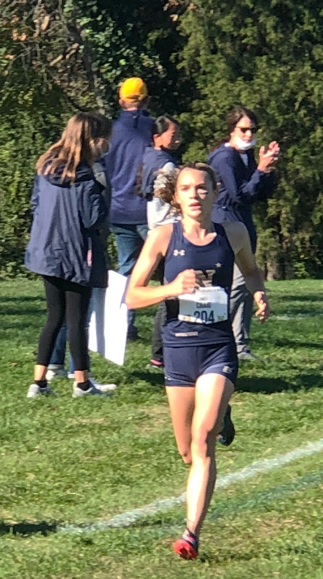 Emily Craig '17 has stellar race at 2020 Women's Cross Country Army-Navy Star Meet
