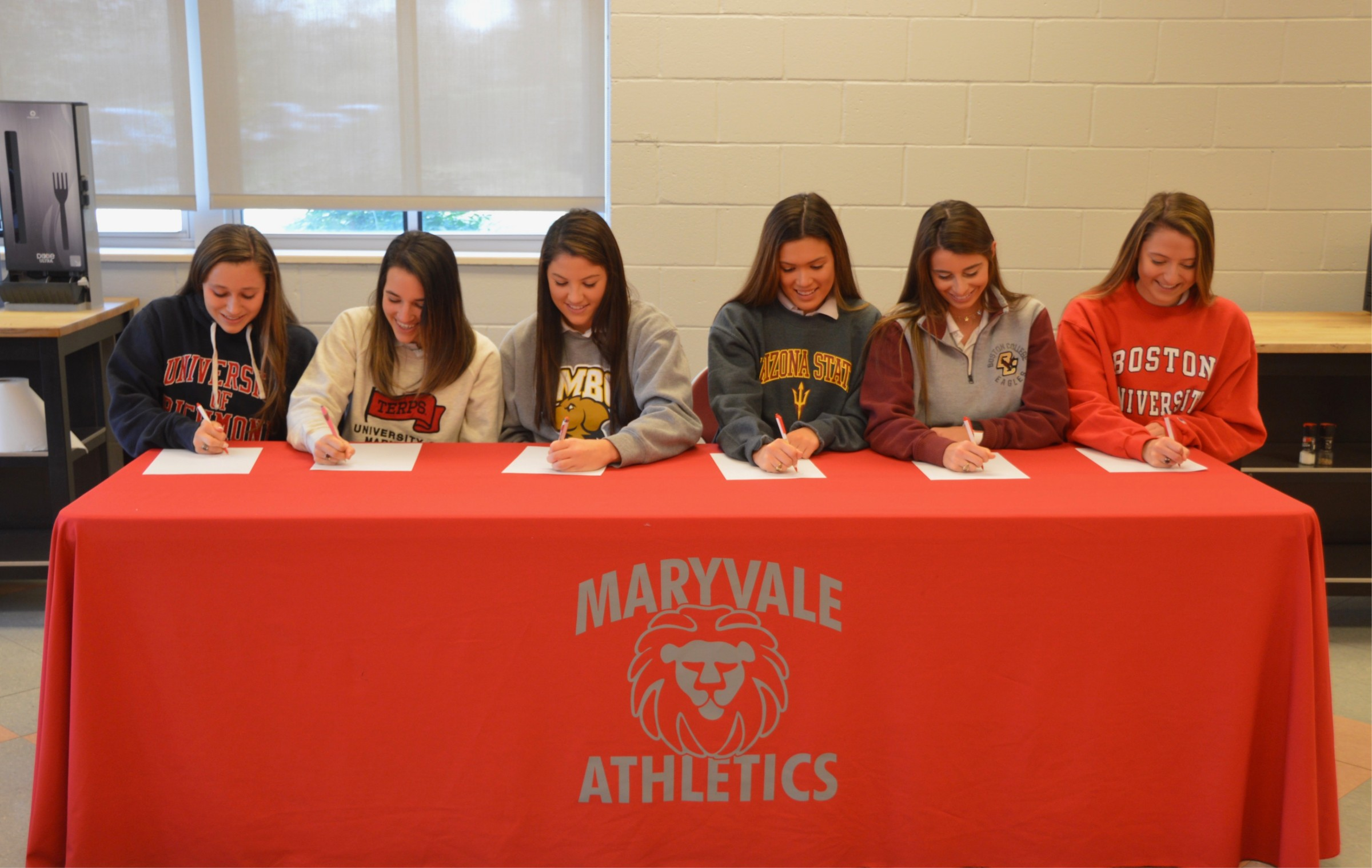 Six Maryvale seniors sign National Letter of Intent for college athletics