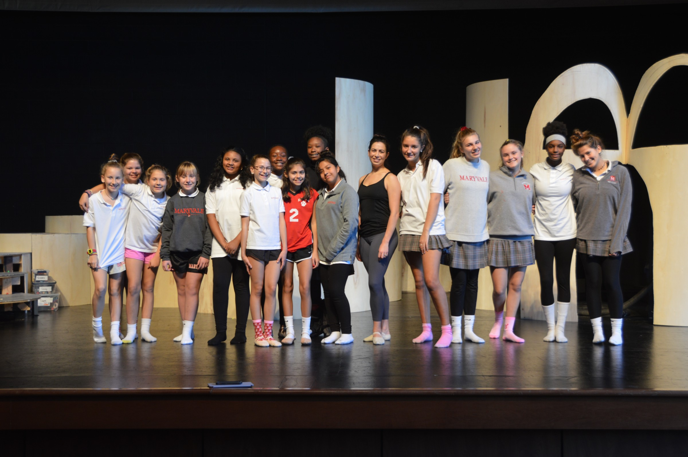 Kathryn Henschen Jacques '02 works with Maryvale dancers